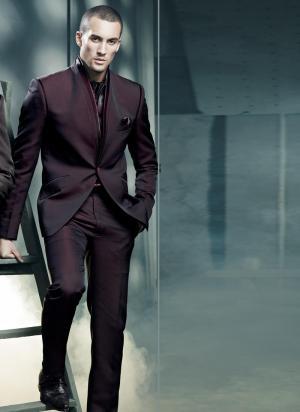e7600461d25 Тёмно-бордовый стильный мужской костюм-двойка