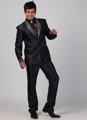 Costume Noir Homme Avec Broche Satin Trioavec GiletFoulard Le NXn0O8wPkZ