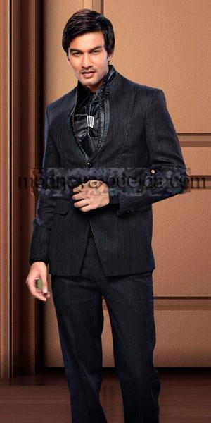 ebb1c7facb204 Чёрный необычный мужской костюм-двойка, украшенный стразами + рубашка +  галстук с брошью