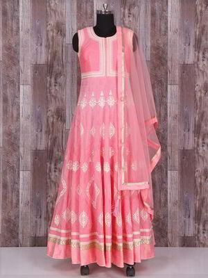 296a95533b Rózsaszín hosszú ruha, selyem, ujjatlan, díszített sodrott selyem szál